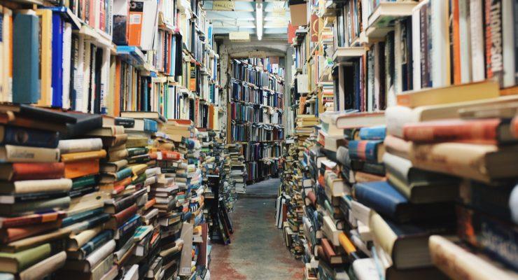 People still enjoy books