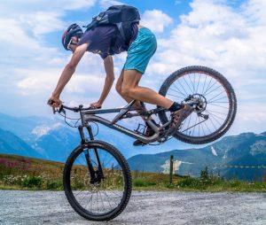 Enjoy watching great bike rides video On2In2™