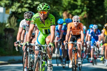 Watch the live action of bicycle stage racing live and free On2In2™